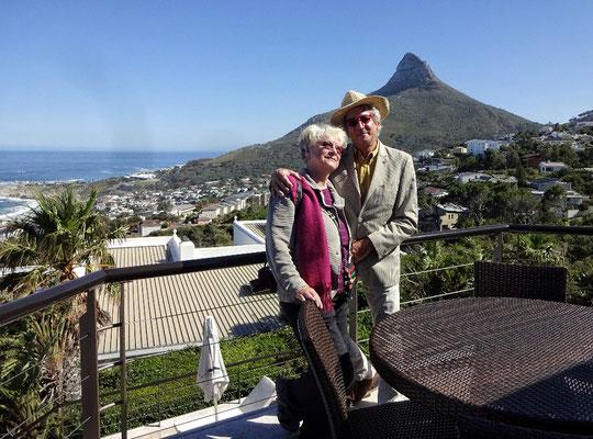 Unsere Hotel Terrasse mit Lionshead