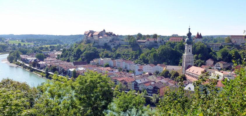 Noch ein Blick auf Burghausen