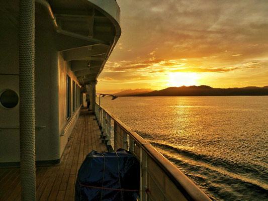 Sonnenuntergang in der Dampier Strait