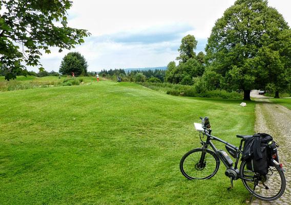 Durch den Golfplatz