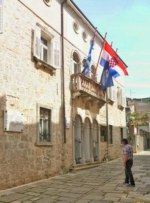 Bürgermeister Amt oder griechische Botschaft?
