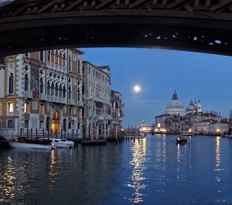 Vollmond am Canal Grande