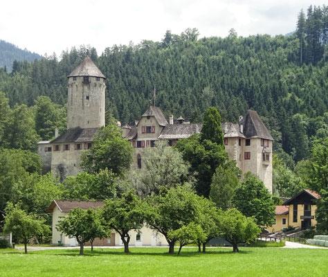 Schloss Matzen nach Brixleg