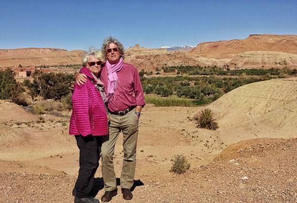 Vor dem Berber Dorf Ait Ben Haddou