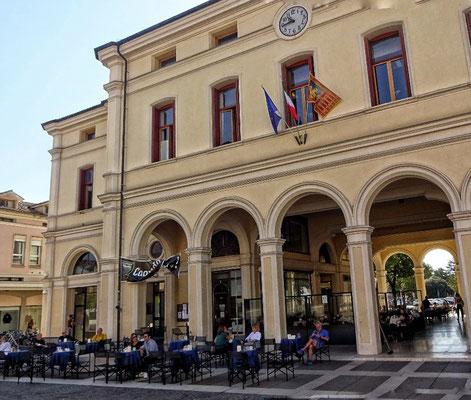 Schönes Cafe