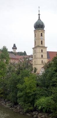 der erste Blick auf den Uhrturm