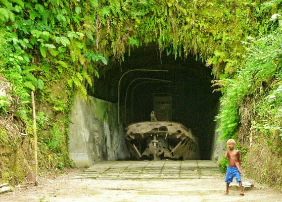 Japanischer Barge Tunnel für Boote...
