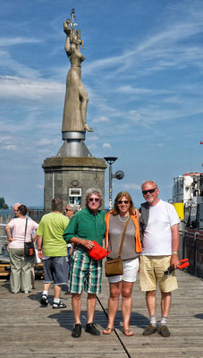 Vor der Imperia im Hafen von Konstanz