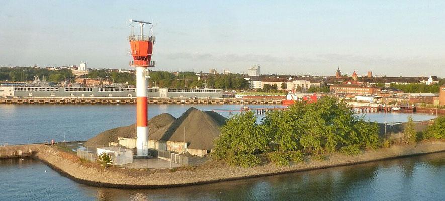 Kiel mit Leuchtturm