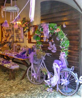 Alles Lavendel in Venzone