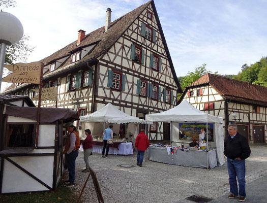 Kunsthandwerksmarkt in Blaubeuren