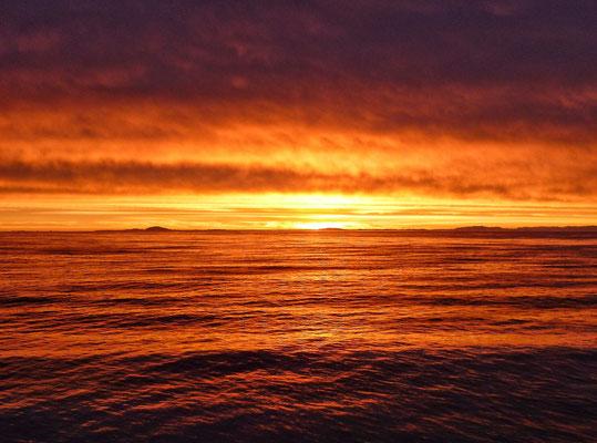 Sonnenaufgang über Grönland