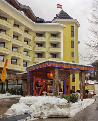 Bridge Hotel