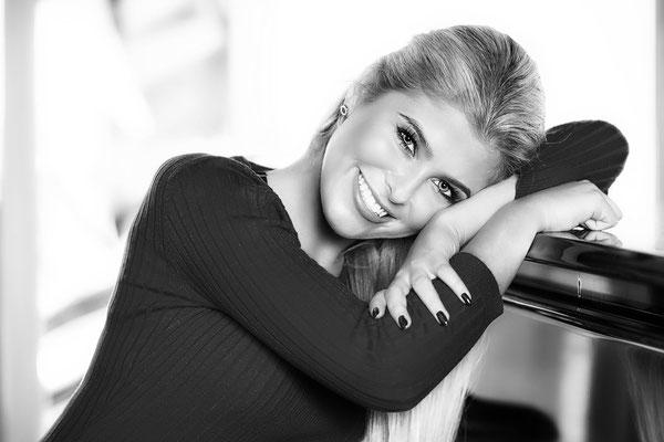 Natalie Model