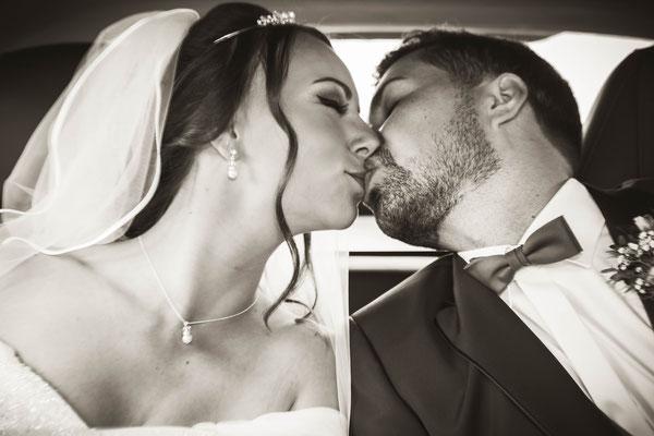Brautpaar verliebt
