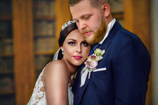Emotionale Hochzeitsfotografie Schloss Corvey