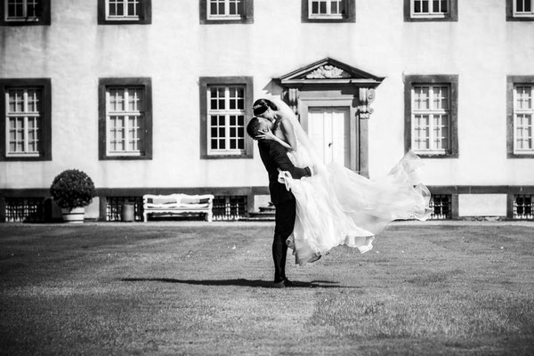 Fotolocation für Brautpaarshooting auf Schloss Corvey