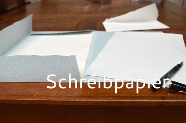 Handgeschöpftes Schreibpapier