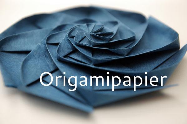 Handgeschöpftes Origamipapier; Modell: Dan's Rosette von Dasa Severova