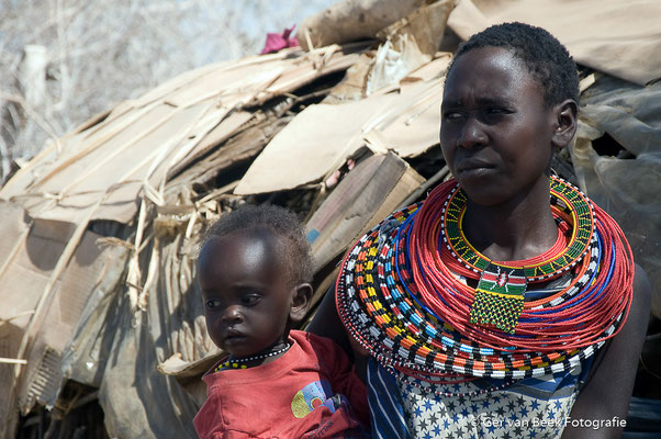 Samboeroe vrouw en kind