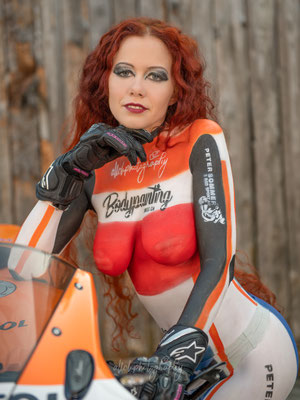 23.03.2019 - Bodypainting Shooting - Model: Cécile - Bodypainting erstellt von Ramona @ Bodypaintingswiss.ch - Peter Sommer 2- Rad-Sport AG