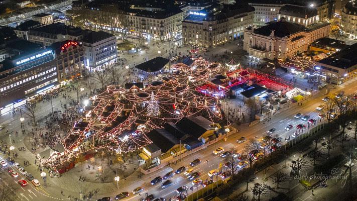 30.11.2019 - Zürich - Bellevue - Weihnachtsdorf Sechseläutenplatz