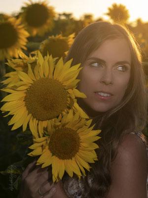 07.07.2020 - Shooting mit Claudia - Felder in Winterthur07.07.2020 - Shooting mit Claudia - Felder in Winterthur