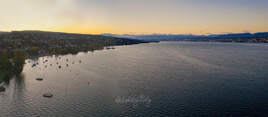 29.09.2019 - Zürich - Panoramabild über dem Strandbad Tiefenbrunnen