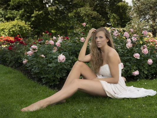 20.06.2020 - Shooting mit Claudia im Rosengarten Winterthur