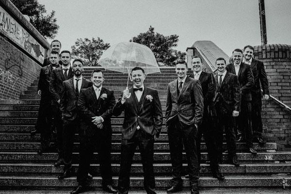 Hochzeitsfoto Gruppenfoto Fischmarkt  Hamburg