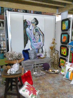 En la vitrina de casa luevas en casa luevas bayamon for Decoracion del hogar en puerto rico