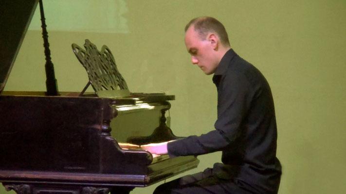 Пётр Иванов - композитор