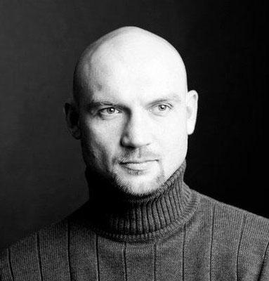 """Алексей Сидоренков, бас, солист ансамбля камерной музыки """"Подмосковные вечера"""""""
