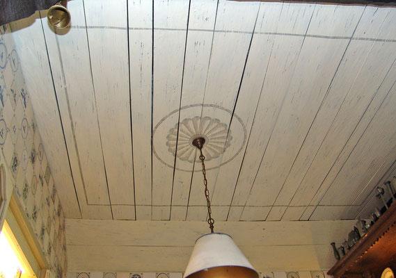Deckenmalerei in einem alten Bauernhaus