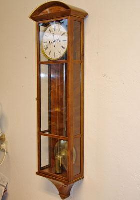 Uhrengehäuse für ein altes Werk aus Birke und Ahorn angefertigt