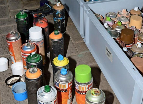 Etwa 60 Spraydosen wurden verbraucht. Quelle: Oliver Kühn