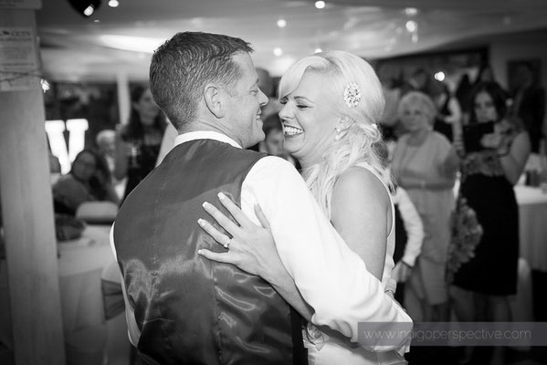 130-ocean-kave-wedding-photography-north-devon-first-dance-2