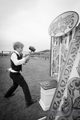 47-ocean-kave-wedding-photography-north-devon-vintage-games