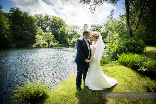 36-woolhanger-manor-wedding-photography-north-devon-bride-groom-lake