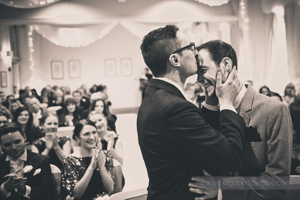 34-same-sex-wedding-north-devon-indigo-perspective-photography-kiss-natural