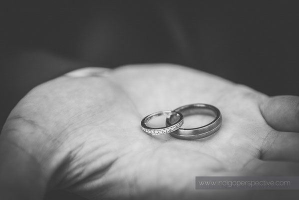 16-woolhanger-manor-wedding-photography-north-devon-rings