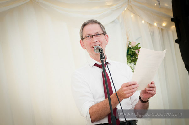 44-weirmarsh-farm-wedding-north-devon-father-bride-speech-smile
