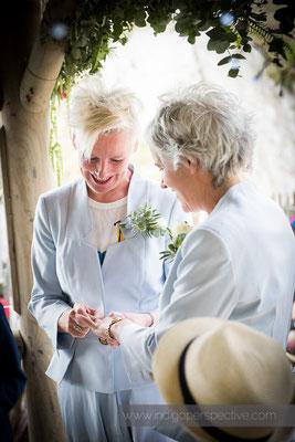 18-tunnels-beaches-same-sex-wedding-photography-north-devon-exchange-rings