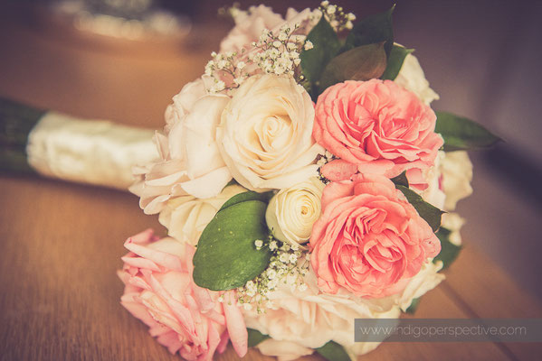 6-woolhanger-manor-wedding-photography-north-devon-flowers
