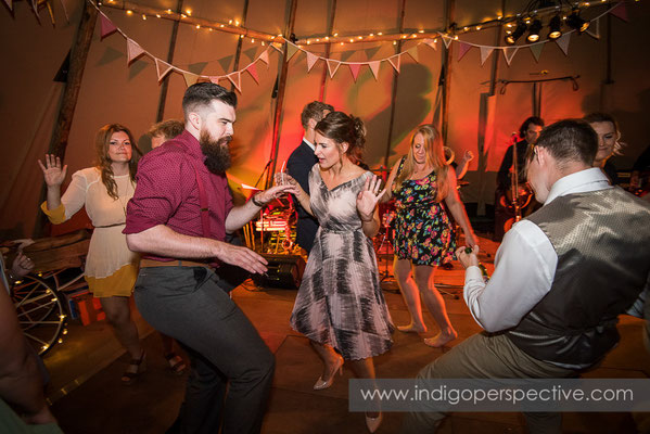 82-tipi-wedding-photography-north-devon-dancing-evening-party