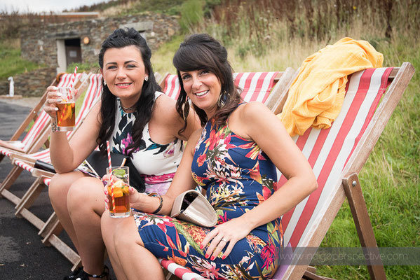55-ocean-kave-wedding-photography-north-devon-deck-chairs-pimms