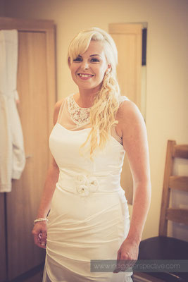 21-ocean-kave-wedding-photography-north-devon-bride