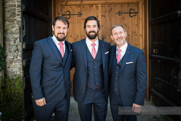 7-westcott-barton-wedding-photography-north-devon-groom-dad-bestman-barn