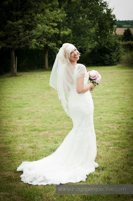 8-weirmarsh-farm-wedding-north-devon-bride-portrait