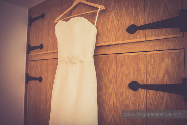 2-woolhanger-manor-wedding-photography-north-devon-dress